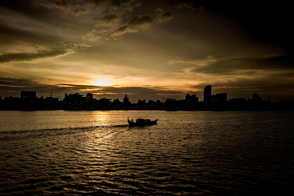 Cambodia-Phnom-Penh-Sunset